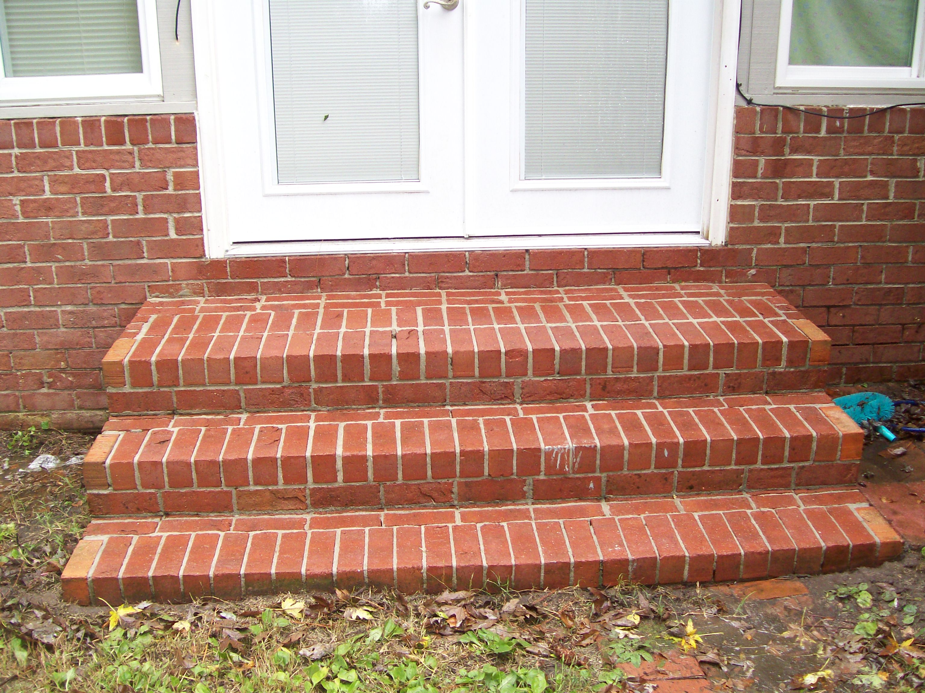 Photo gallery powerwash landscaping for How to build a brick house step by step pdf